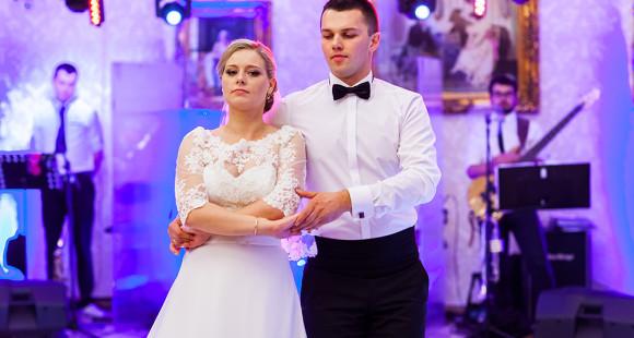 Ewelina i Bartosz pierwszy taniec